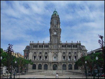 Câmara Municipal do Porto, perfeitura do porto, porto, cidade do porto, vinho do porto, baixa do porto, pão de ló, vinho do porto, gaia, barco rebelo