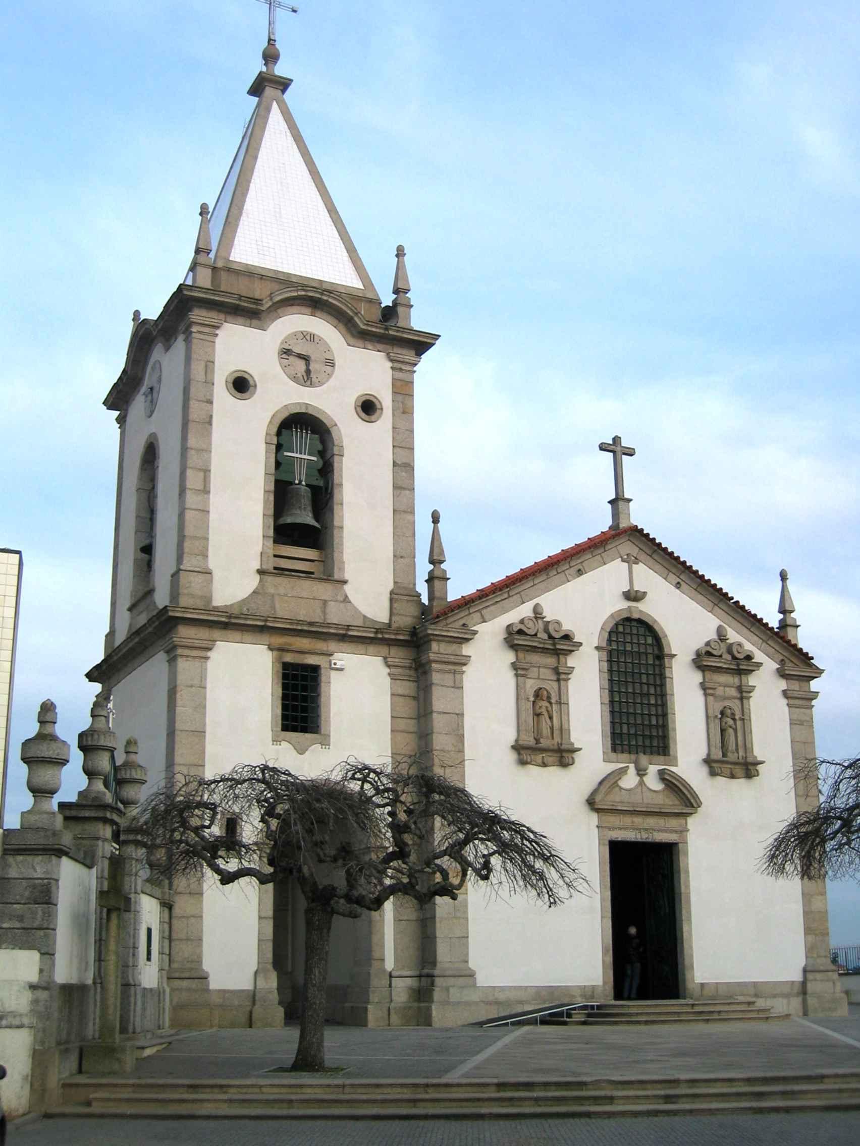 Igreja de Gondomar, doces de Gondomar, coração de Gondomar