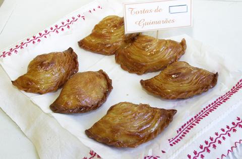 tortas de guimarães, toucinho do céu de guimarães, castelo de guimarães, D. Afonso Henriques, doces de guimarães